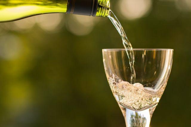 Опасно ли пить шампанское с пеплом?