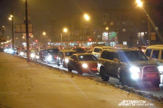Заторы на дорогах Омска