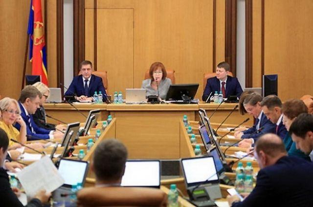 Принятый бюджет позволит решить несколько задач в части комфортной среды, считают депутаты