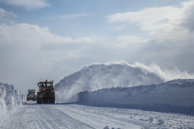 До 22 декабря введут в эксплуатацию зимник «Салехард – Надым»