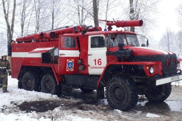Двое мужчин погибли на пожаре в посёлке Кукуштан.