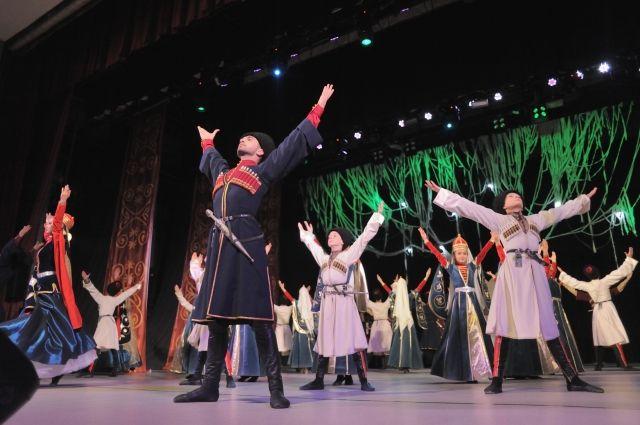 Ансамбль «Синдика» отметил 10-летие праздничным концертом