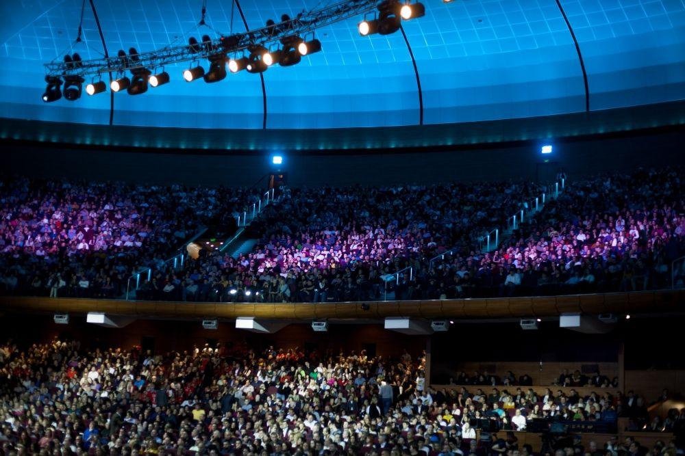 """Игра впервые прошла в одном из самых больших залов нашей страны - """"Крокус сити холле"""". Так что свидетелями игры стали шесть тысяч человек."""