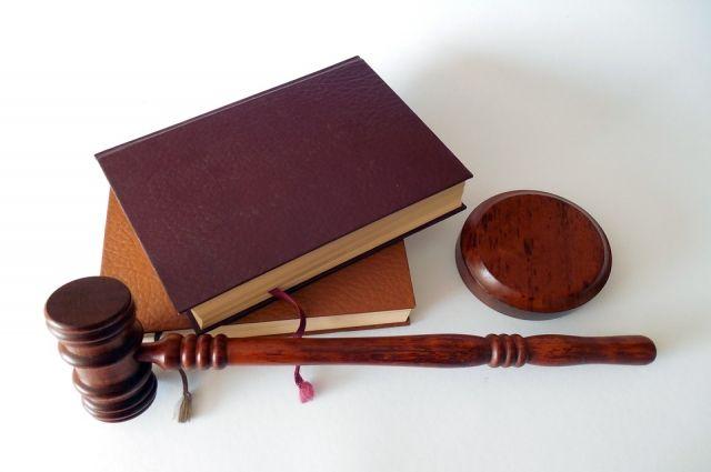 Тоболяк, обвиняемый в поджоге офиса судебных приставов, заплатил алименты