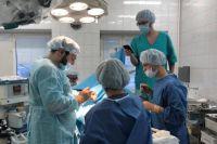 Новоуренгойские нейрохирурги провели ряд сложных операций на лицевых нервах