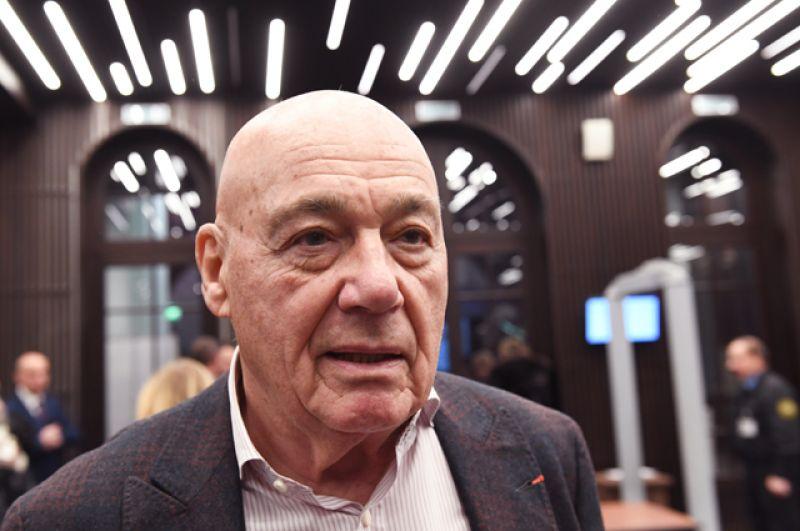 Журналист, телеведущий Владимир Познер во время праздника «Возвращение домой» в театре «Современник».