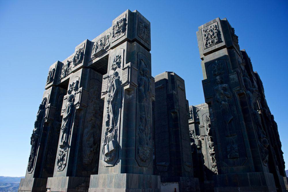 Мемориальный комплекс «История Грузии» в Тбилиси.