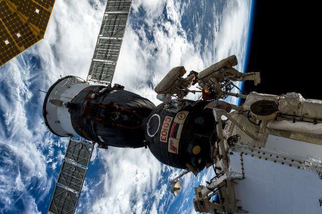Союз МС-09 в космосе, архивное фото