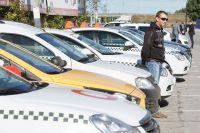В большинстве случаев затраты на покупку онлайн-касс лягут непосредственно на водителей такси.