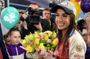 Алина Загитова порадовала жителей Удмуртии своими выступлениями.