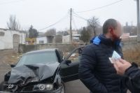В Николаеве столкнулись два авто: одному из водителей оторвало часть уха