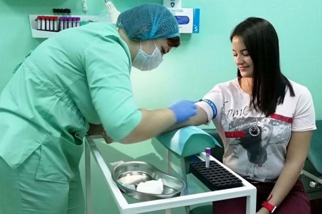 Потратив несколько минут и 9 миллилитров крови, каждый может спасти чью-то жизнь.