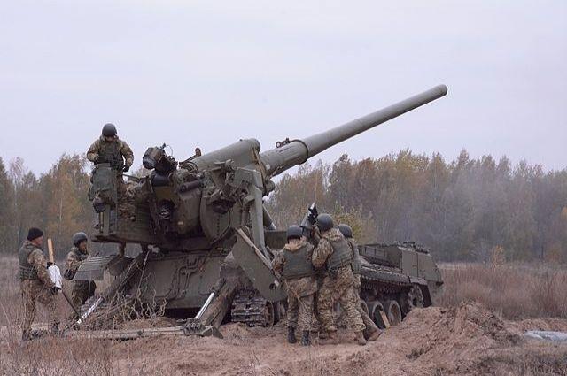 ЛНР: в Донбасс прибыли железнодорожные составы с танками для ВСУ photo