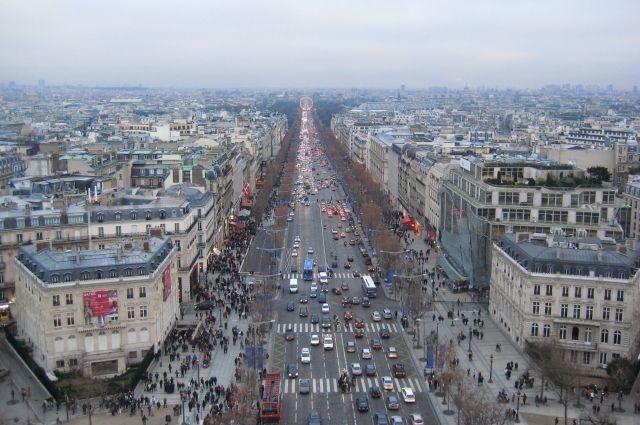 В Париже на очередной акции протеста задержали почти 80 человек photo