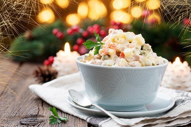 Специалисты  подсчитали стоимость новогоднего тазика оливье в РФ