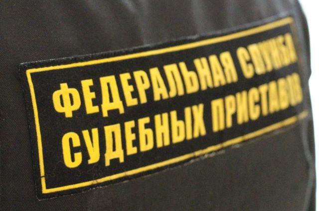 Мужчина задолжал больше 400 тыс. рублей