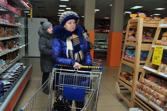 Красноярцы предпочитают делать покупки в магазине, а не на рынке.