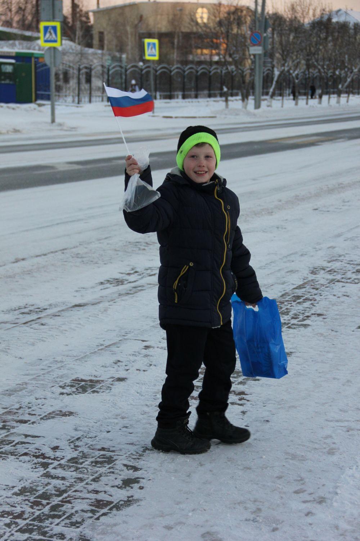 Мальчик на шествии Дедов Морозов в Ялуторовске, 2018.