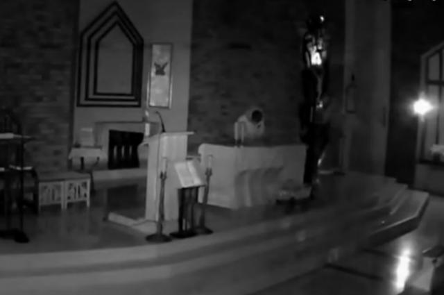 В Орске полицейские задержали похитителя иконы из католического храма
