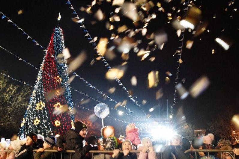 Новогодняя елка в Севастополе.