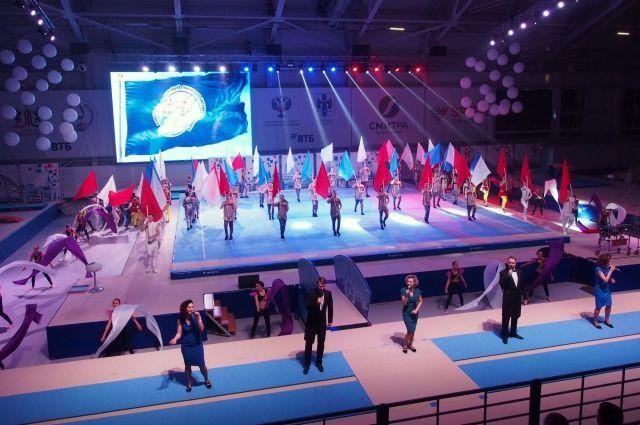 С января в новом центре начнут заниматься 300 гимнастов.