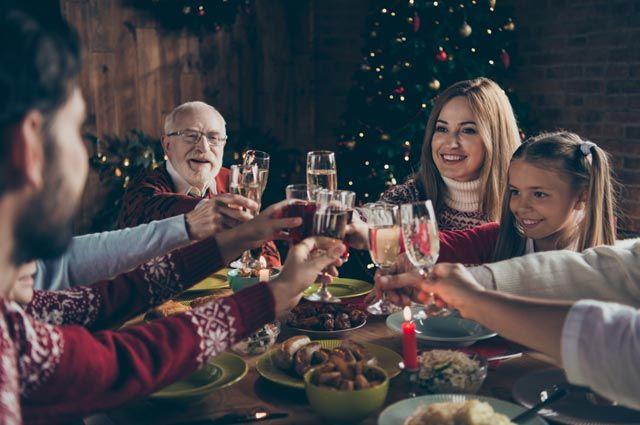 Счастливое застолье? Пять ошибок, которые совершают в новогоднюю ночь