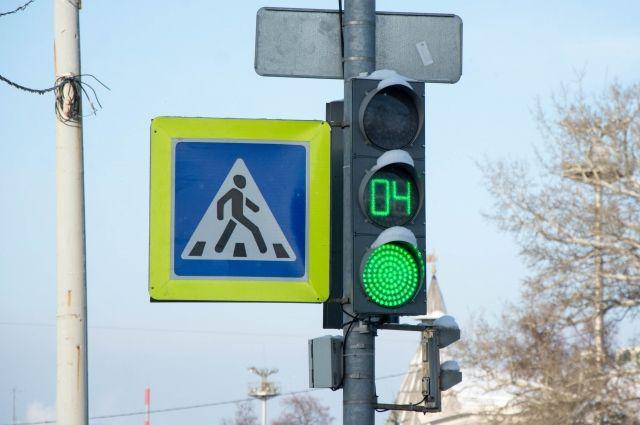 Светофор на пересечении улиц Матросова и Луначарского установят в 2019 году.