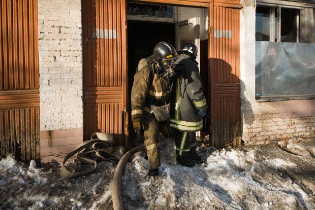 Не допивайтесь до бессознания и вызова пожарной команды.