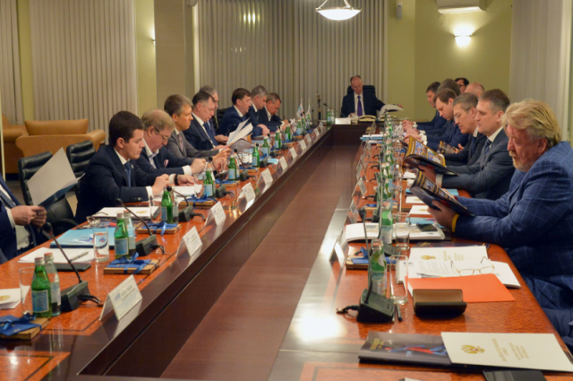 Губернатор Ямала принял участие в заседании Набсовета по волейболу