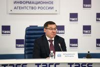Экс-губернатор Тюменской области подвел итоги года Минстроя России