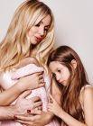 Рождение второго ребенка Светланы Лободы - это, наверное, главная тайна 2018 года. Девочка родилась 24 мая и получила имя Тильда. Поклонники уверены - ребенка назвали в честь Тилля Линдеманна, солиста группы Ramshtain, с которым Лободу связывает тесная дружба. Но может быть, и не дружба?