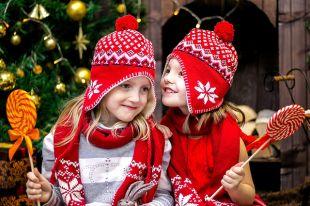 Более вредные сладости, такие как шоколадные конфеты и леденцы, из которых состоит большинство сладких новогодних подарков, а также торты должны появиться в жизни ребёнка в возрасте не ранее четырёх-пяти лет и в ограниченном количестве