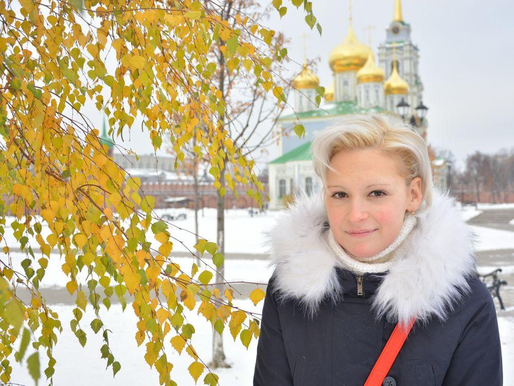 Светлана Романова поздравляет туляков с наступающим Новым годом и желает больше ярких событий и творческих свершений, чтобы окружали только искренние и преданные люди, способные прийти на помощь в трудную минуту.