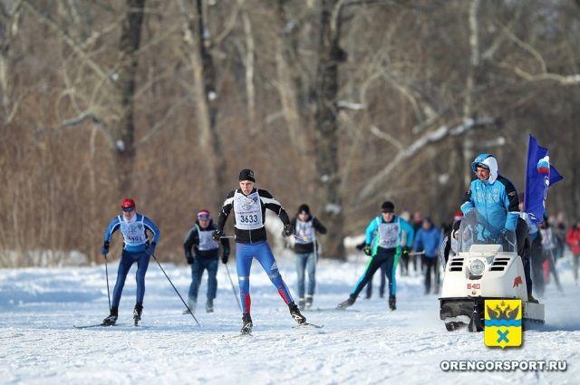Две тысячи оренбуржцев пробежали «Лыжню России-2018»