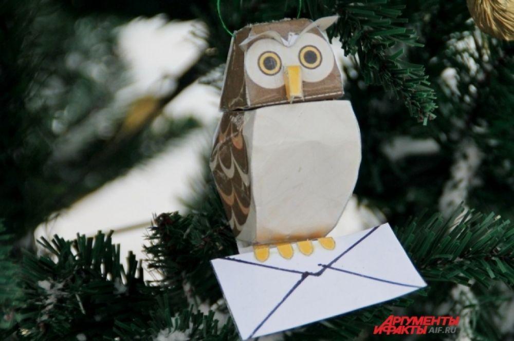 Участники использовали сюжеты известных детских сказок, а также мотивы, связанные с Новым годом.