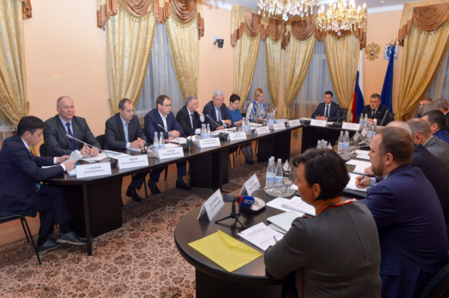 В Салехарде состоялось заседание комиссии по противодействию коррупции
