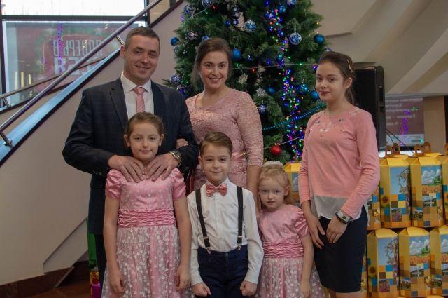 Семья Унгер из Табунского района получила знак «Семья года Алтая»