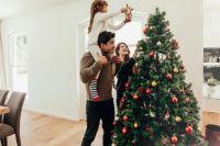 Резкие цвета и гирлянды: три главных ошибки в декоре к Новому году