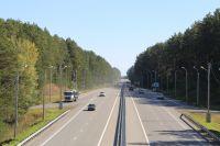 Расширение дорог и установка барьерных ограждений повышает безопасность федеральных трасс.