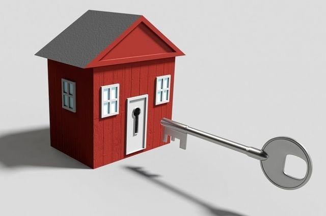 Жители Ярковского получили ключи от новых квартир