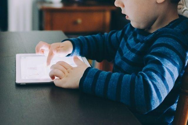 Минобразования в 2019 планирует обеспечить все школы Украины интернетом
