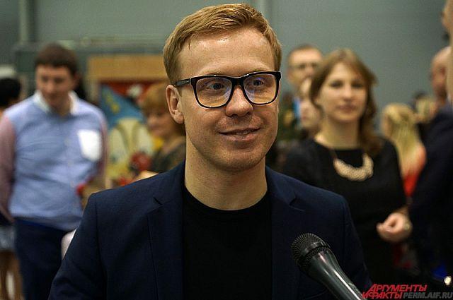 Антон Богданов покидает проект, который сделал его популярным, чтобы двигатья дальше.