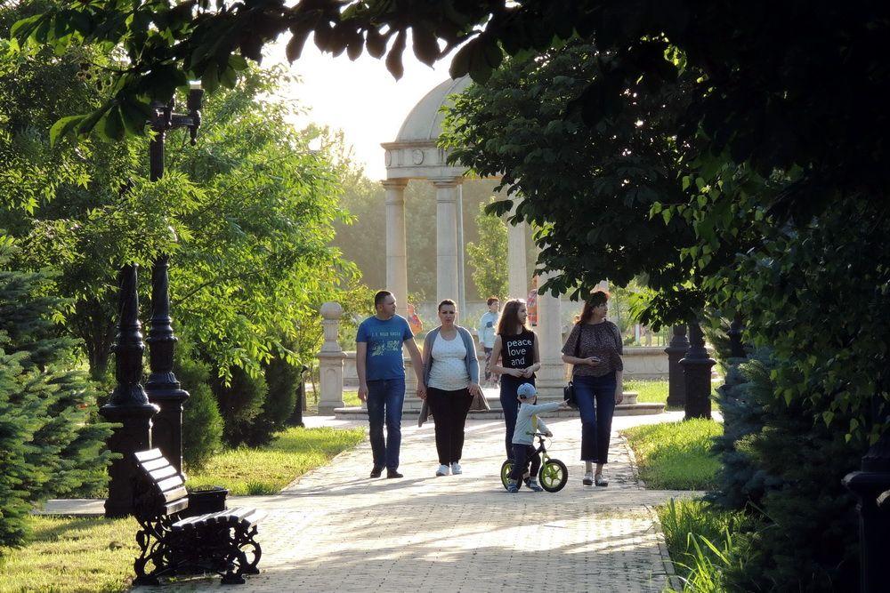 Открытие парка имени 300-летия полиции России. На фото: хотя парк на территории Краснодарского университета МВД России существует давно, всех желающих туда начали пускать только в 2018 году.