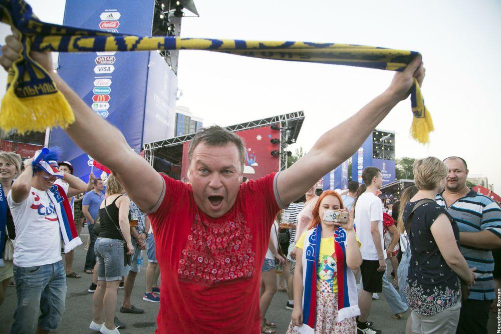 Каждый мог окунуться в атмосферу футбольного праздника на фестивале болельщиков в Ростове.