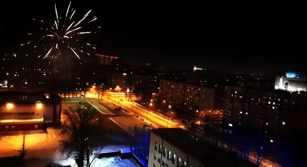 Салют в Тюмени. Новый год, 2019.