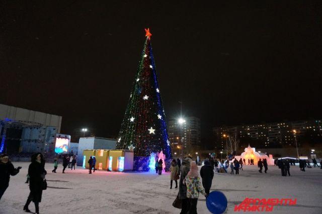 Ледовый городок в Перми работает каждый день до 22 часов.