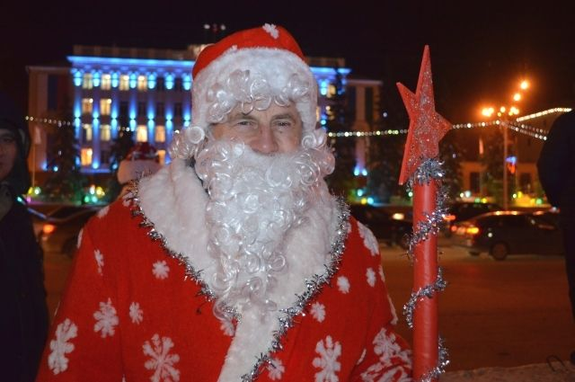 В Тобольске инспекторы и волонтеры проводят «Новогоднюю вахту Деда Мороза»
