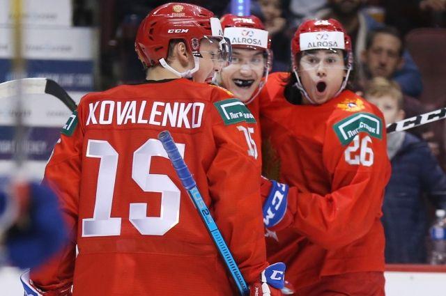 Россия победила Словакию и вышла в полуфинал молодежного ЧМ по хоккею