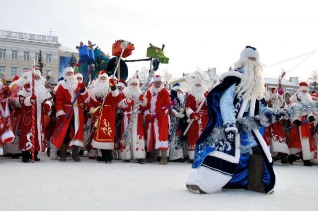 В Новом Уренгое Деды Морозы собрались на фестиваль
