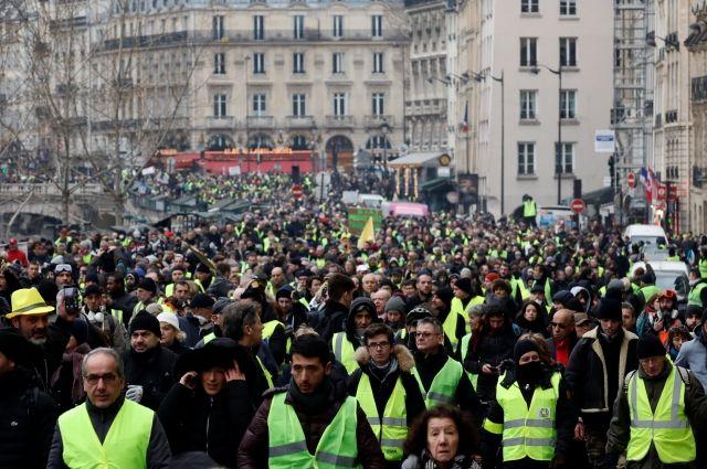 МВД Франции: в протестах «желтых жилетов» участвует 50 тысяч человек - Real estate
